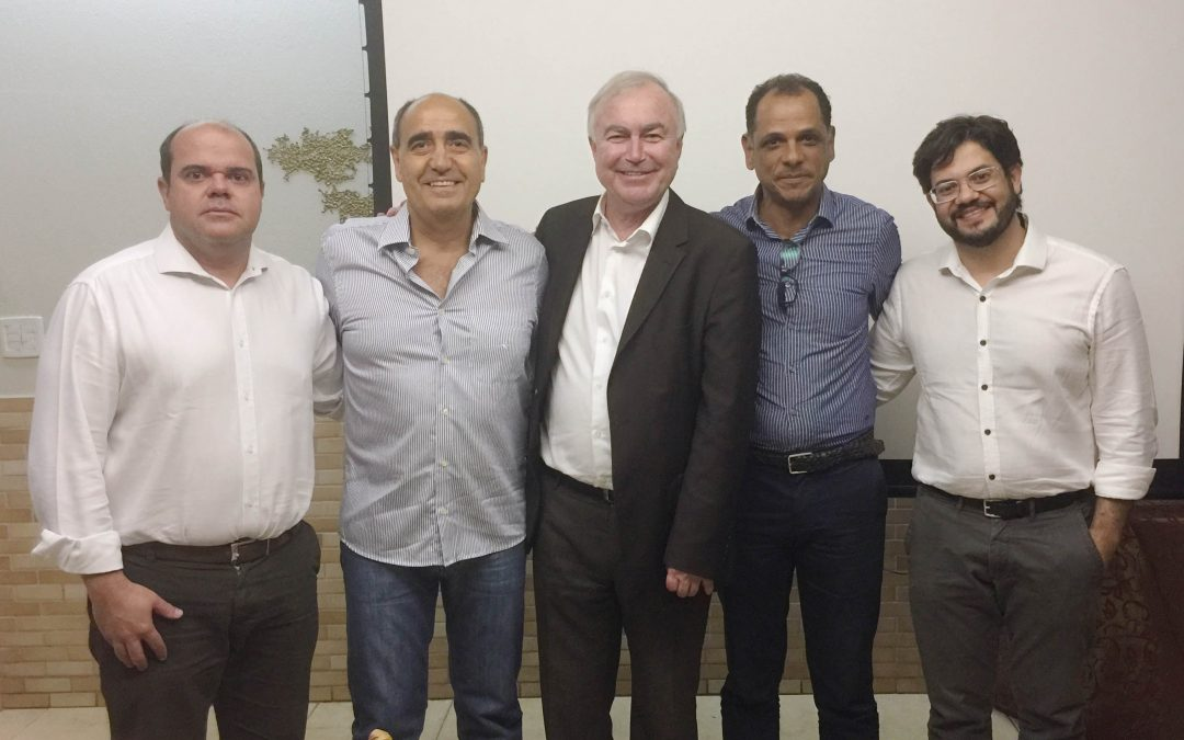 Prof. Philippe Neyret operating in Brazil